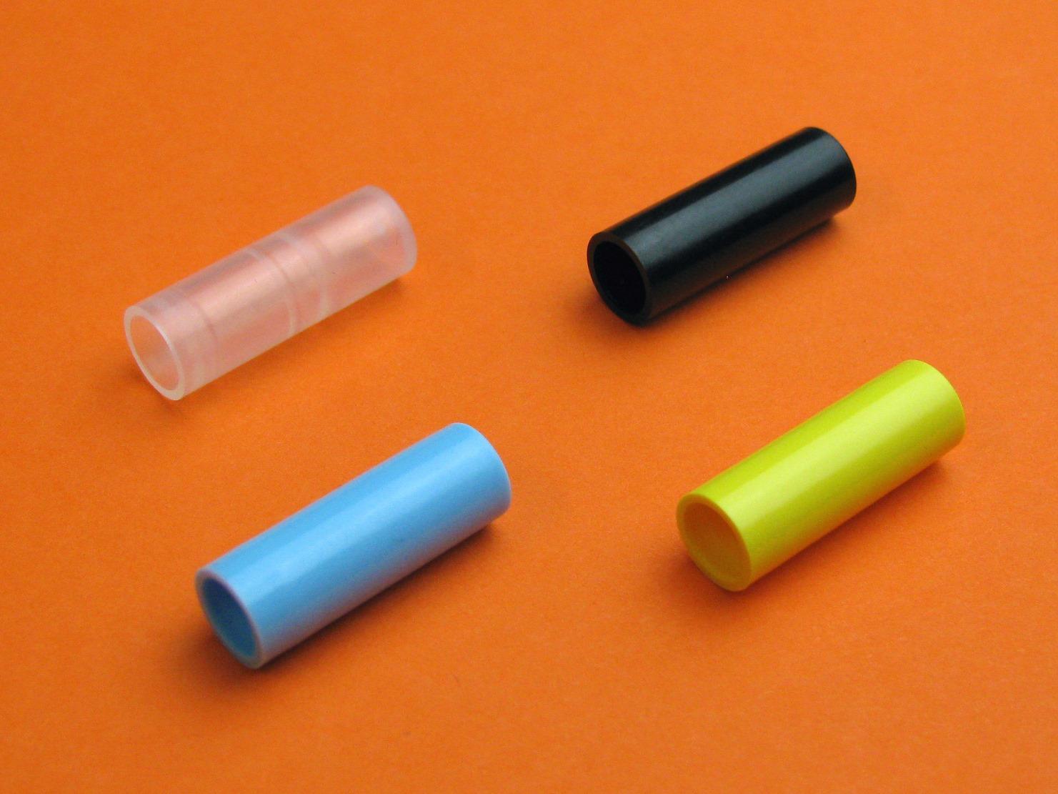 Auf unseren Spritzgussmaschinen von 25t bis 150t können wir Spritzgussteile aller Art produzieren.